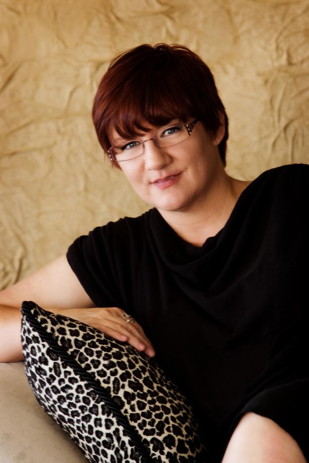 Darynda Jones